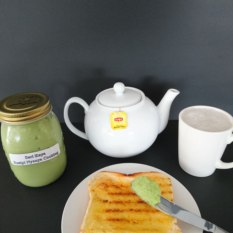Date: 8 Nov 2019 (Fri) 2nd Condiment: Kaya Pandan (Pandan Flavoured Coconut Jam) [88] [102.0%] [Score: 8.0]  Seri Kaya resipi Nyonya Cooking served with toast and teh tarik.