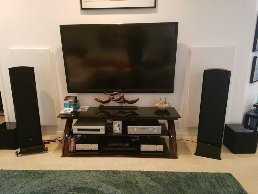 Revel F208 Floorstanding Speakers