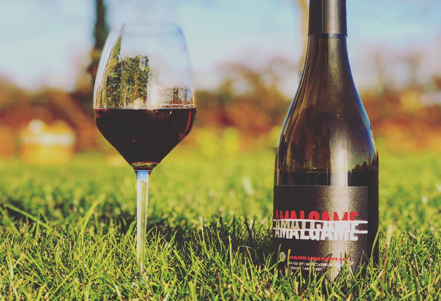 France, vin nature, rawwine, organic wine, vin bio, vin sans intrants, bistro brute, vin rouge, vin blanc, rouge, blanc, nature, vin propre, vigneron, vigneron indépendant, domaine bio, biodynamie, vigneron nature, cave vin naturel, cave vin, caviste, vin biodynamique, bistro brute, Quimper, Finistère