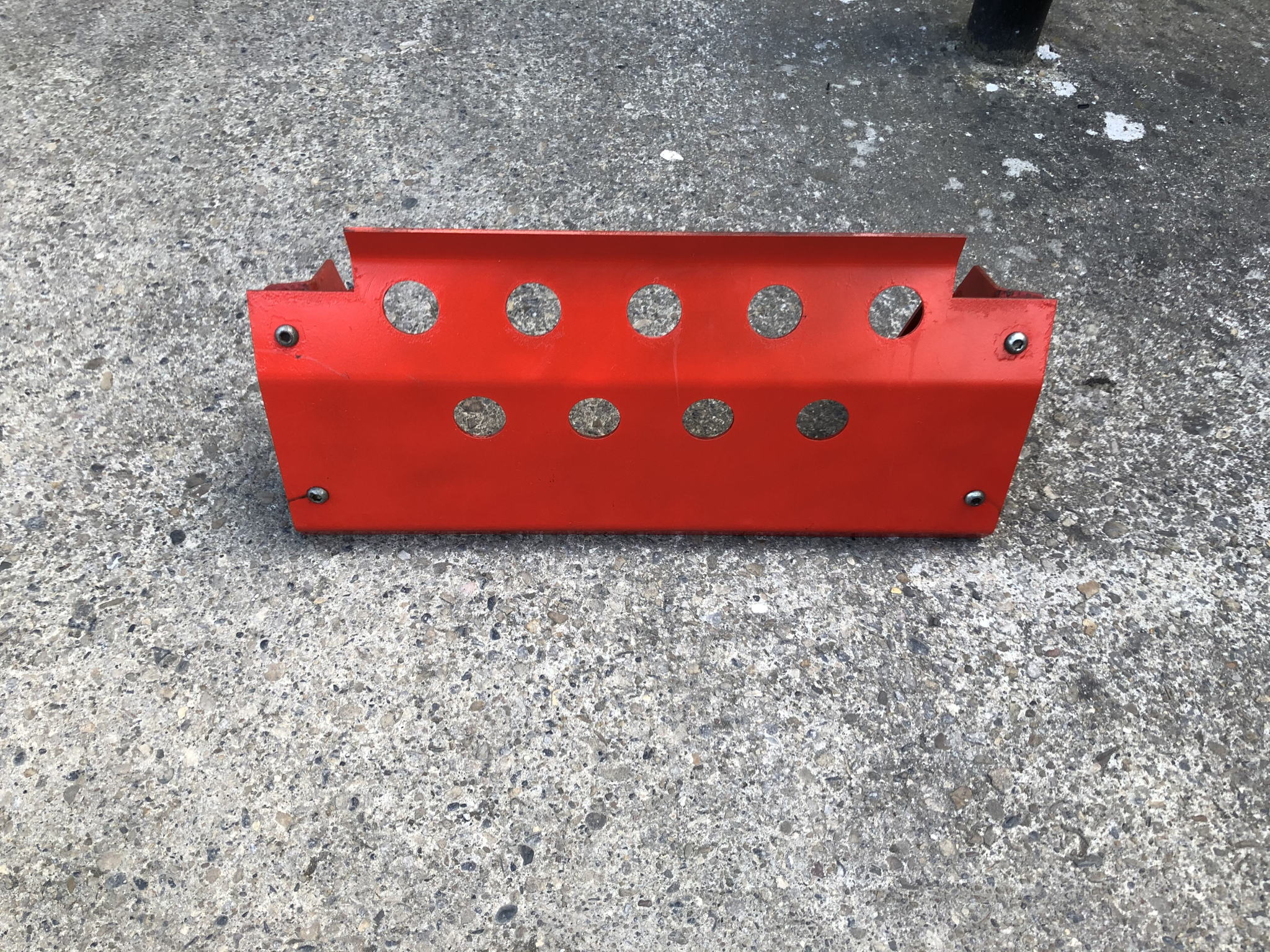 LAND ROVER DEFENDER RED STEERING GUARD's featured image