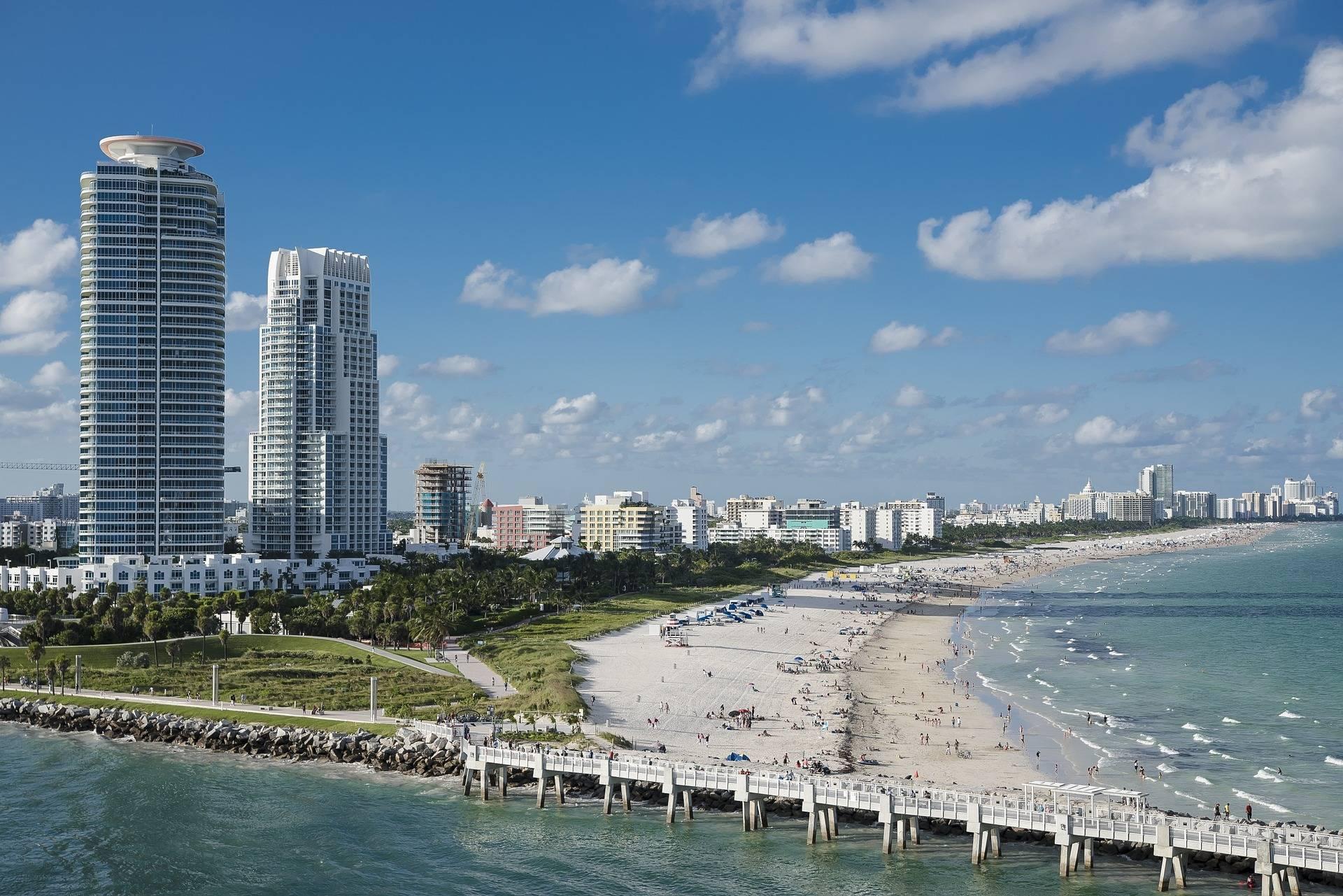 5 Best Reviewed Newborn Photographers of Miami, FL