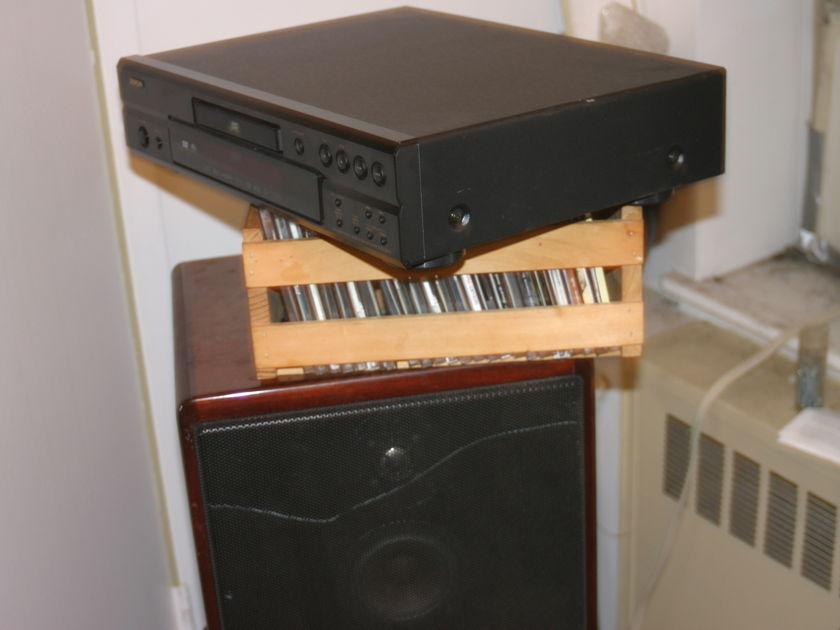 Denon DVD 2910 Universal Disc Player