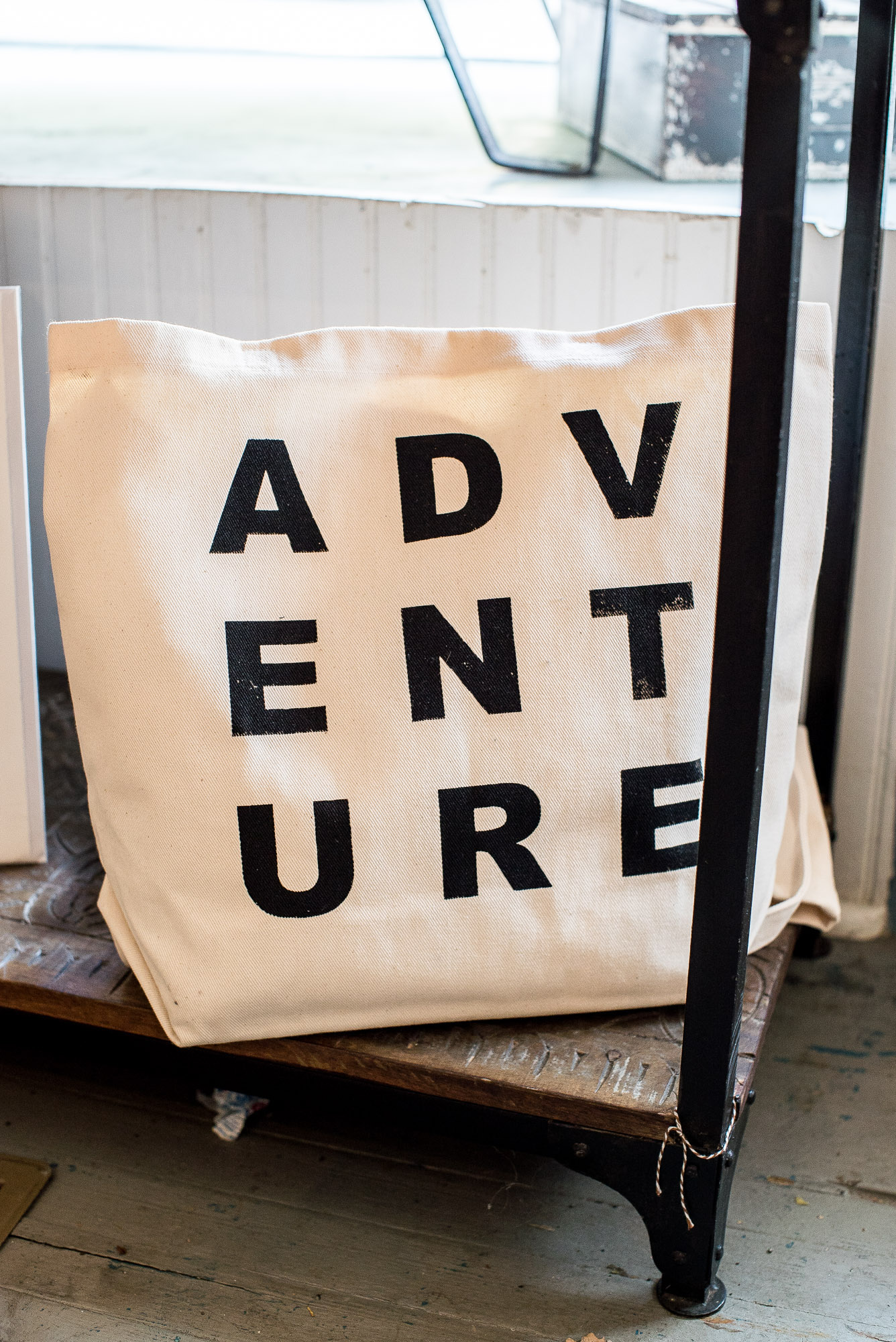 Trendy canvas large tote bag