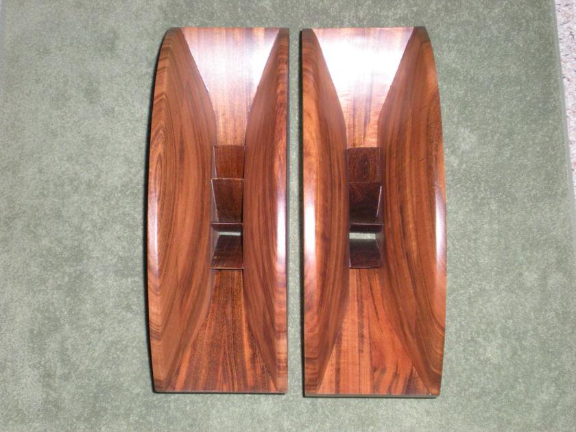 "Solid Tiger Wood 1.5"" Throat Wood Horns"