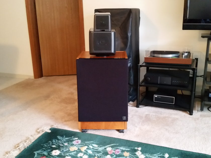 KEF 105.2 Reference