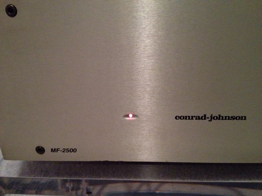 CONRAD JOHNSON MF-2500 STEREO 240 WPC X 2
