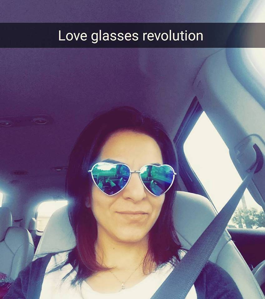 Love Glasses Revolution
