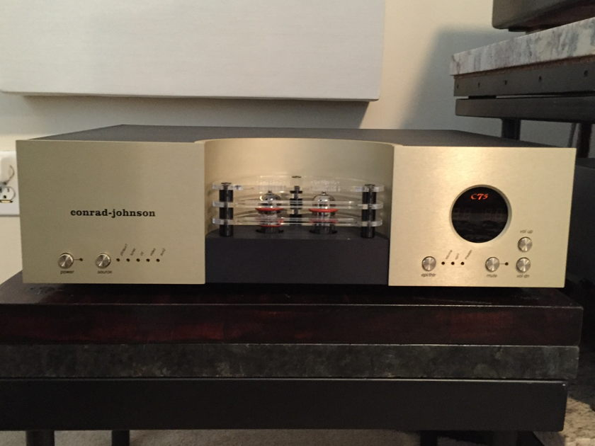 Conrad Johnson CT5 Tube Preamp