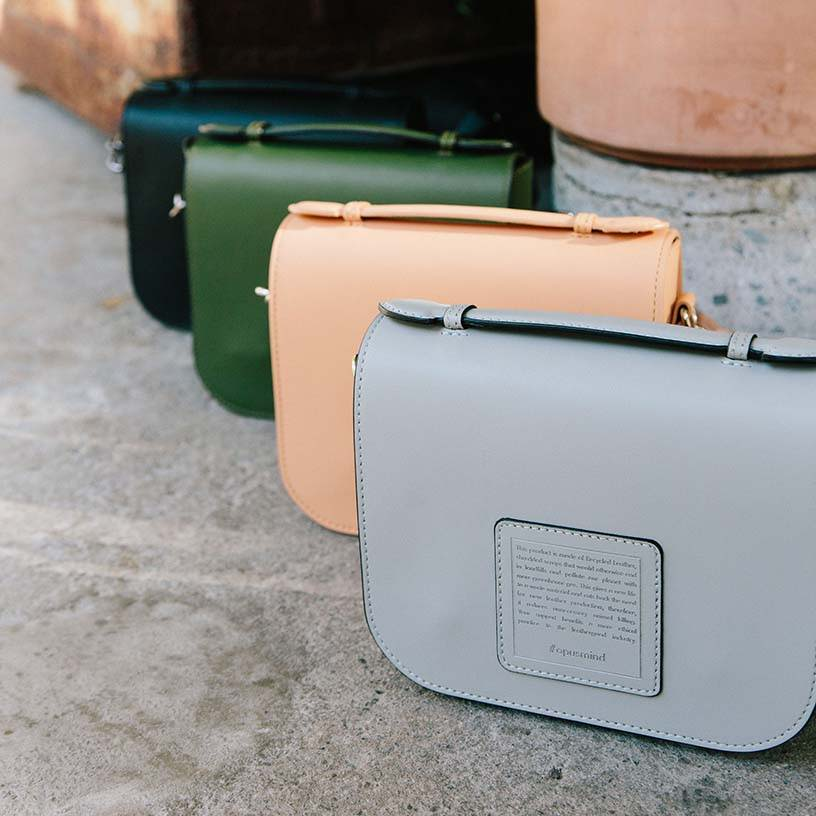 4 saddle crossbody with different colours from the brand Opus Mind