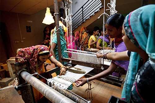 Jaipur Rugs Artisans