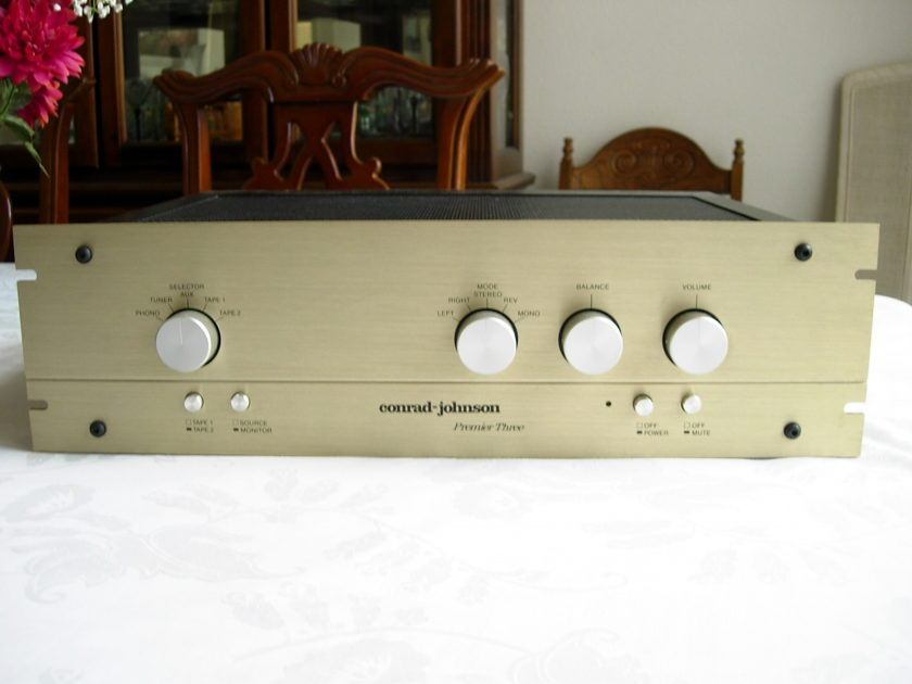 Conrad Johnson Premier 3 Classic tube preamplifier