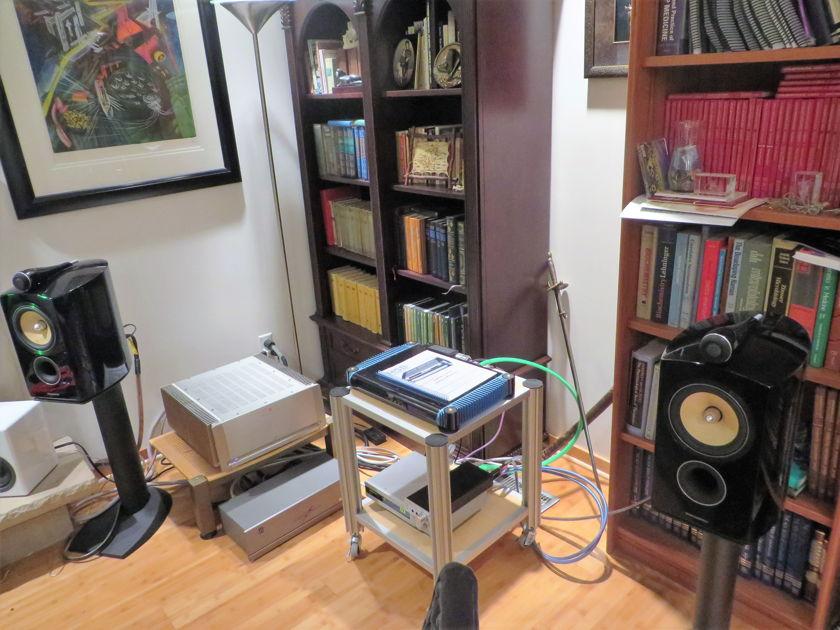B&W 805D2 monitor speakers