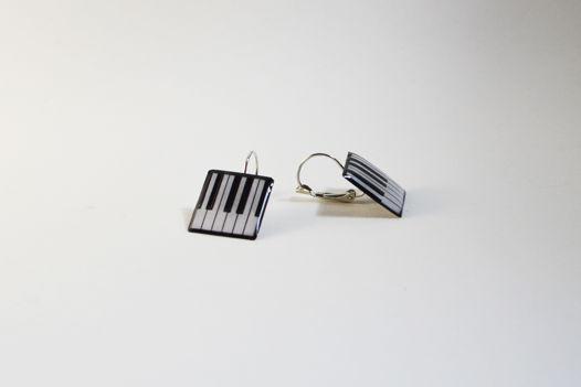 """Серьги ручной работы с оригинальными подвесками """"клавишами"""""""