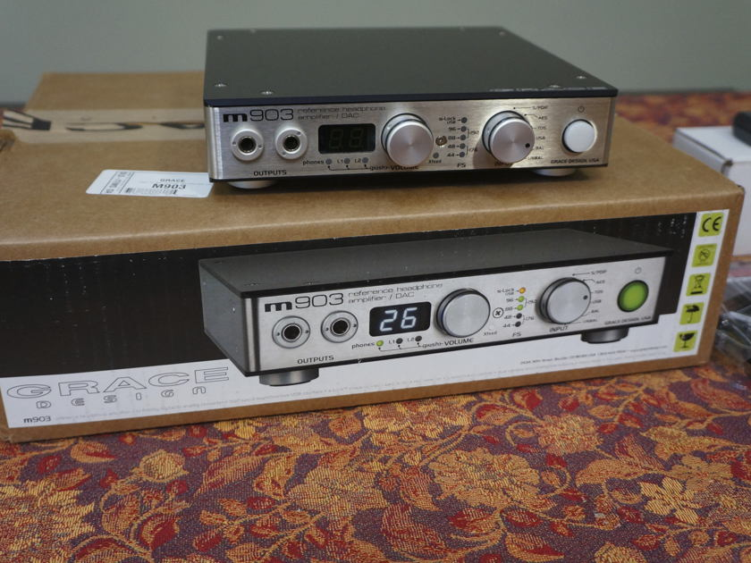 GRACE  m903 headphone amp / DAC with remote and cables