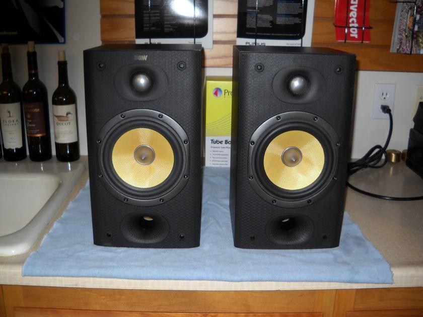 B&W DM601 S3 Bookshelf Speakers w/Brackets