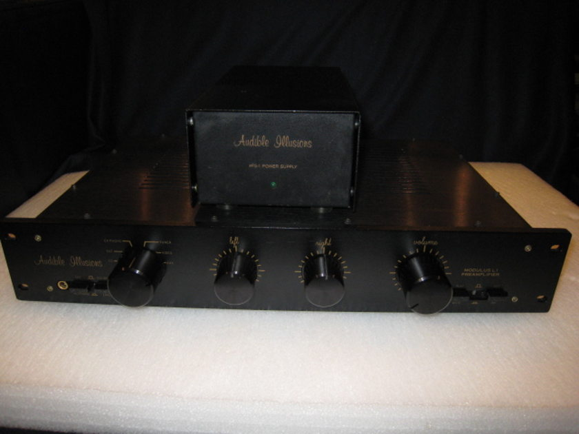 Audible Illusions L-1 Line Tube Preamplifier 220-240V50/60Hz Worldwide Shipping.