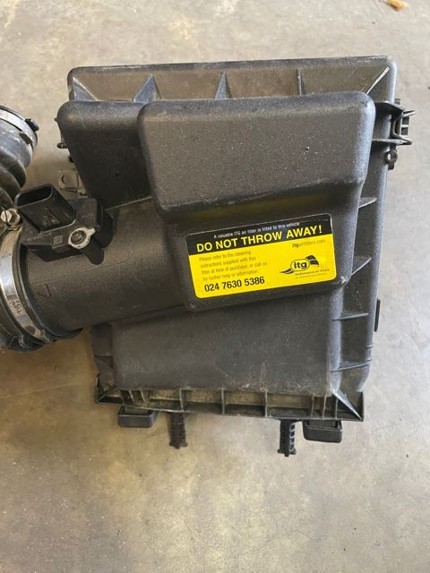 DEFENDER PUMA (2007 ON) AIR FILTER HOUSING LR031342's featured image