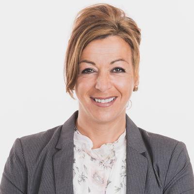 Suzanne Breton