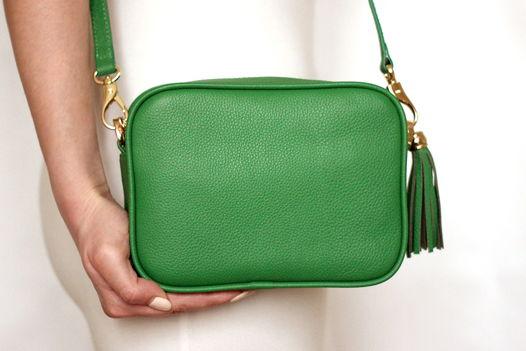 Зеленая кожаная сумка Leah