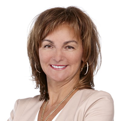 Lorraine Blain  Real estate agent RE/MAX Signature