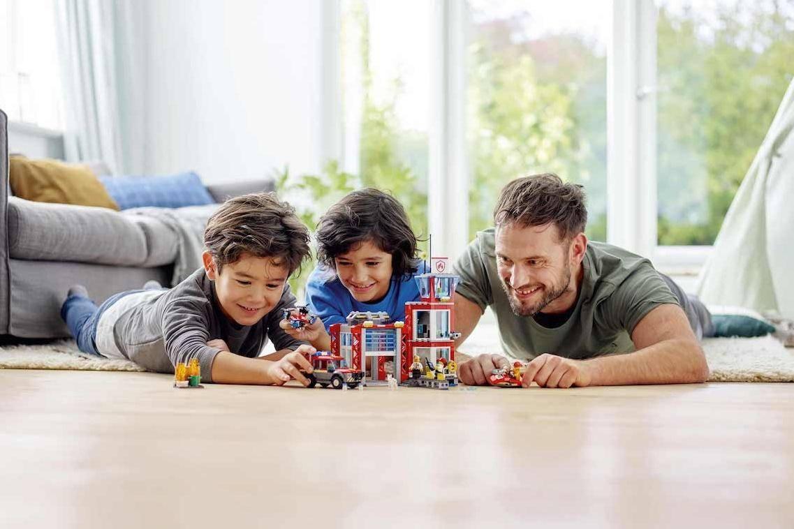 family play lego