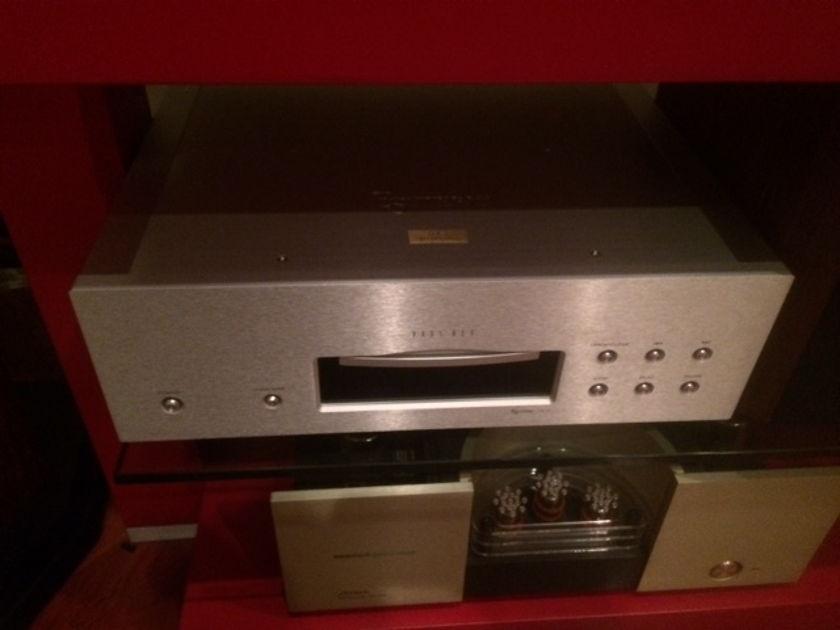 Esoteric UX-3 LTD CD/SACD/DVDA Player Super  Sound-MSRP $9000.00!