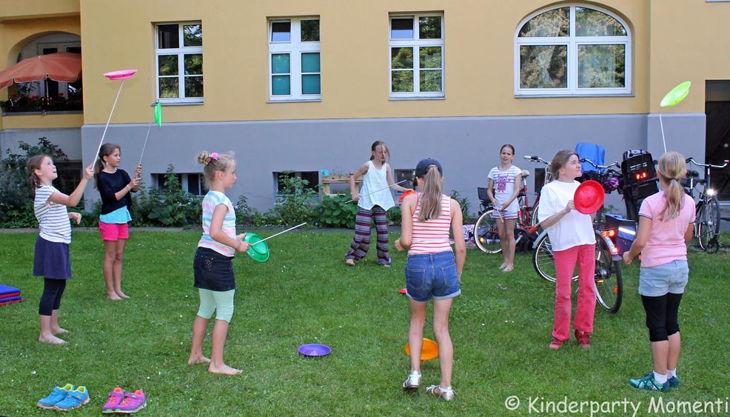 kindergeburtstag zirkus jonglieren