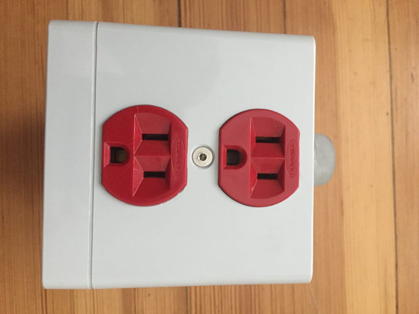 ♦️AUDIENCE  AR2P-TO POWER CONDITIONER♦️