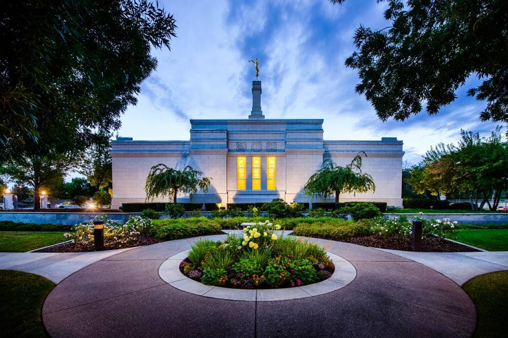 LDS art photo of the Portland Oregon Temple and the garden reflection pool.