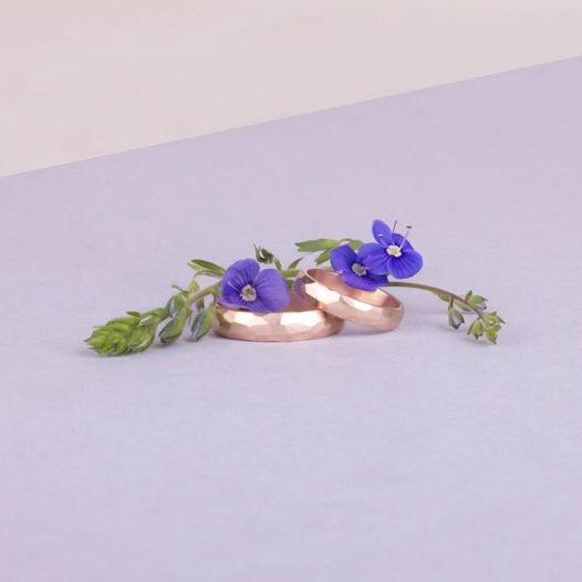 Золотые обручальные кольца «Грани»