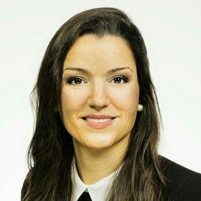 Isabelle Pisler  Real estate agent RE/MAX Platine