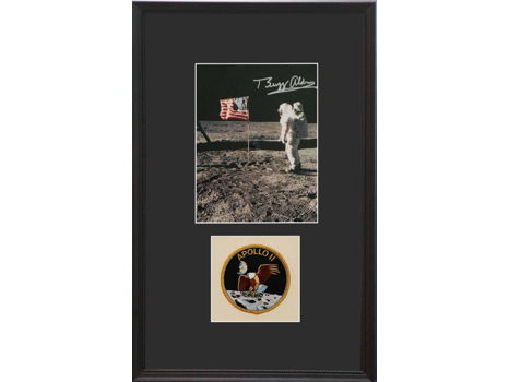 US FLAG ON THE MOON PHOTO AND APOLLO 11 PATCH SIGNED BY BUZZ ALDRIN