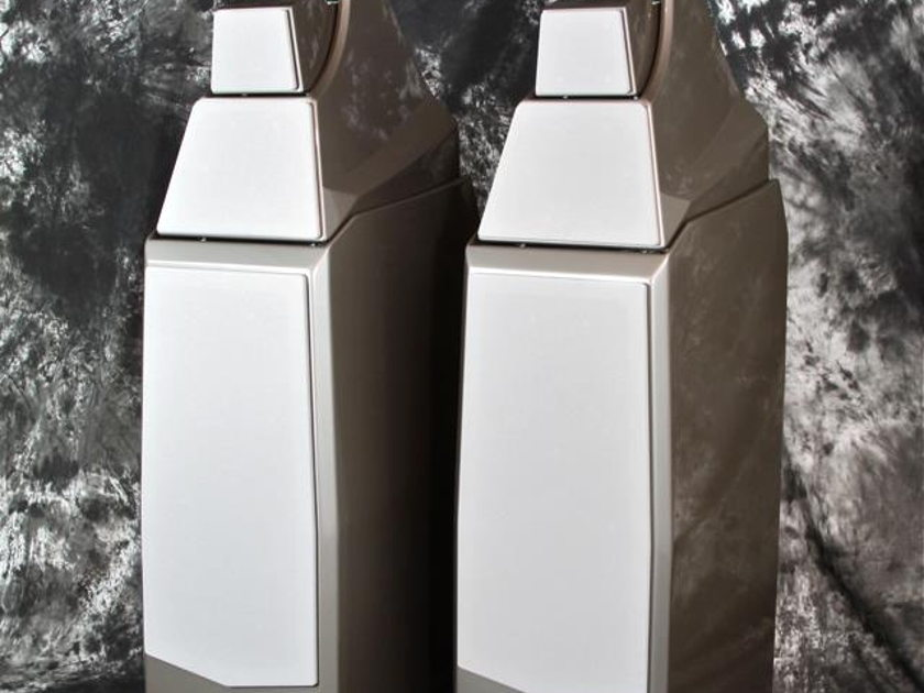 Wilson Audio Alexia Floor Standing Speakers