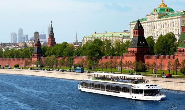 Экскурсия по центру Москвы на теплоходах-ресторанах
