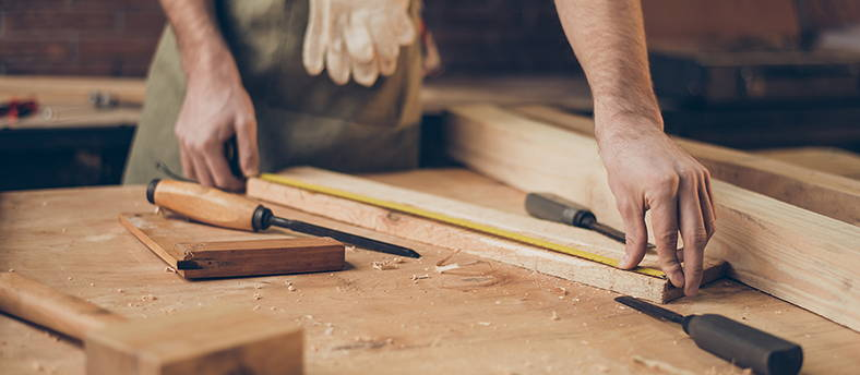 L' Atelier Boyet, vous souhaitez réaliser un meuble en bois & acier sur-mesure contactez-nous.