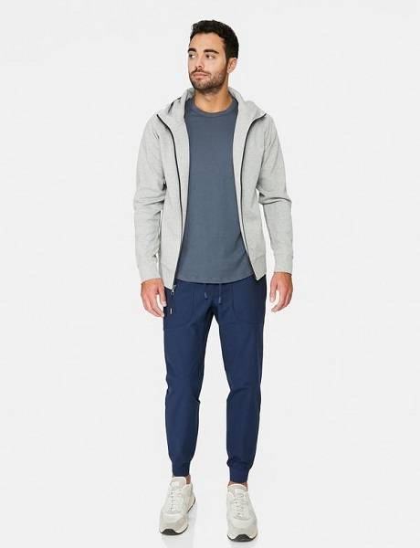 men joggers outfit