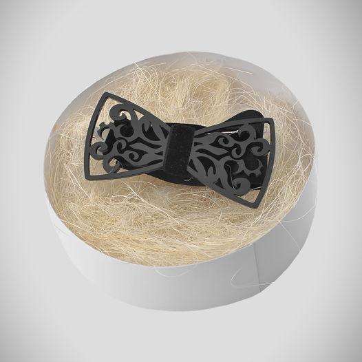 Унисекс галстук-бабочка из черного оргстекла (плексигласа) на бархатной ленте.