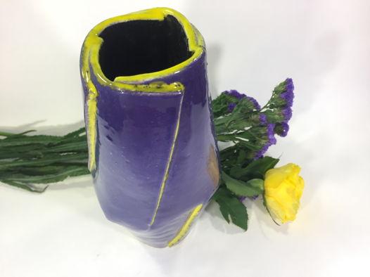 """Керамическая ваза ручной работы """"Ирис"""", высота 25 см."""