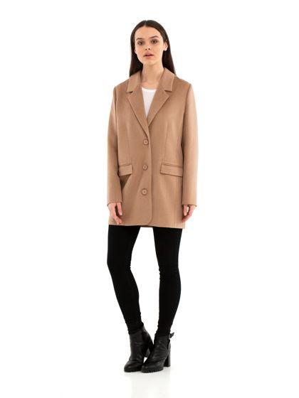 Пальто-пиджак бежевого цвета