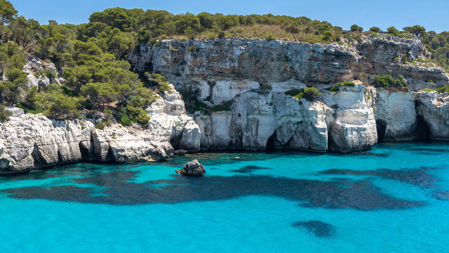 Mahón - Los Angeles Times article about Menorca