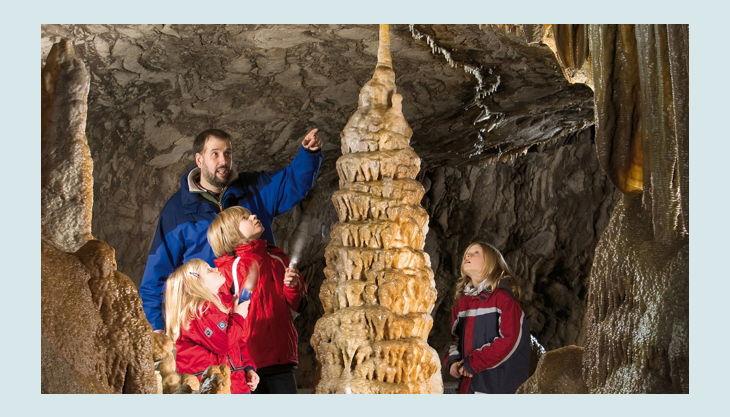 dechehöhle stalagnit