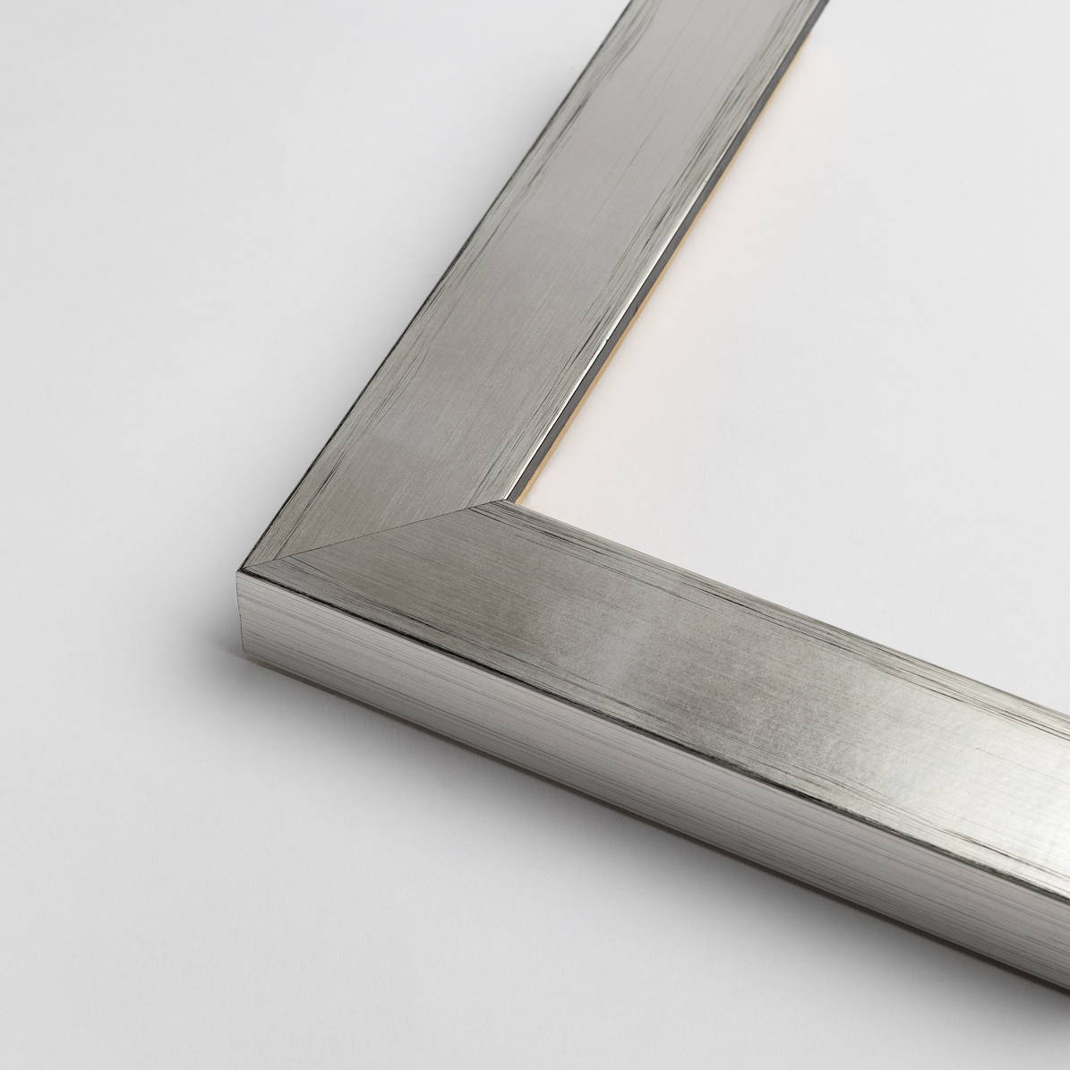 TV-Mirror Modern Silver Frame by FRAMING TO A T