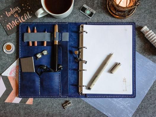Кожаный блокнот на кольцевом механизме -LEGACY- формат А5 цвет Ocean Blue
