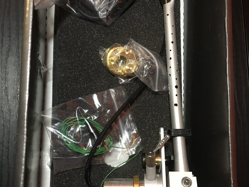 "Audiomod Series IV ' tonearm ""Classic"" Arm W/ Series IV Bearing upgrade"