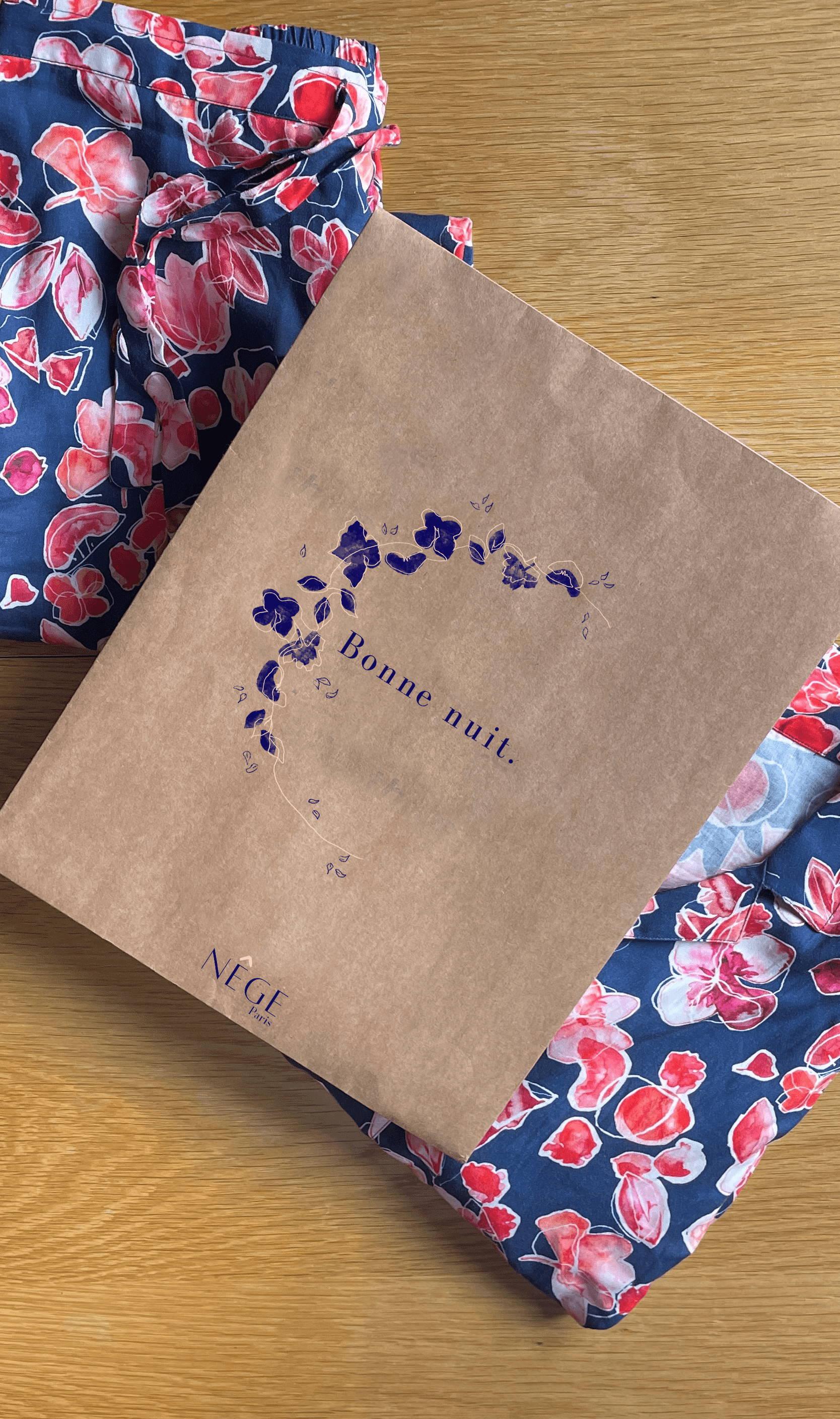 êge Paris - Notre enveloppe minimaliste qui emballe vos pyjamas