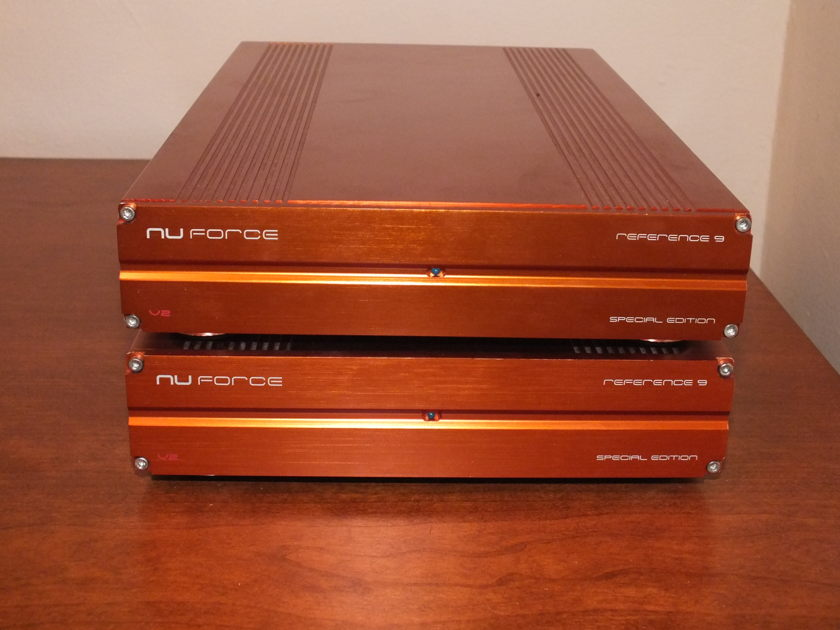 NuForce Ref 9 SE V3 Mono Block Power Amplifiers Ref 9 SE V3 Rose Colored Cases
