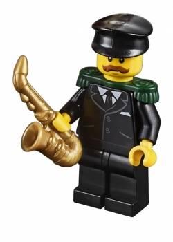 lego 10263 saxophonist