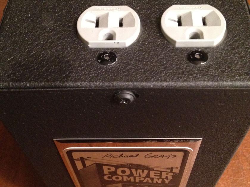 RICHARD GRAY MODEL 400 POWER CONDITIONER