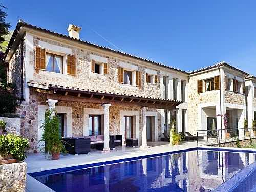 Balearic Islands - High quality villa with a unique flair in Pollensa, Mallorca