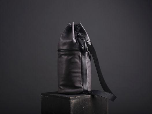 Рюкзак-контейнер KOWA из телячьей кожи растительного дубления.